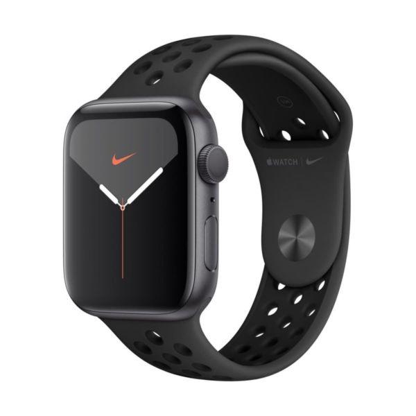 Часовник Apple watch